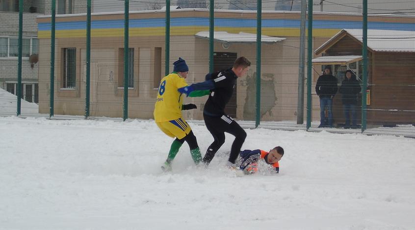 Мемориал Макарова-2018. 2-й тур. Бразильцы и снежный футбол