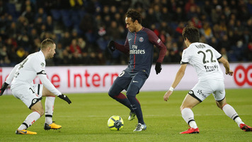 """Отец Неймара сообщил, что """"Барселона"""" потратила на его сына более 200 миллионов евро"""