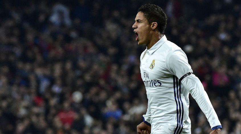 """AS: """"Реал"""" намерен увеличить зарплату Рафаэля Варана до 9 млн. евро"""