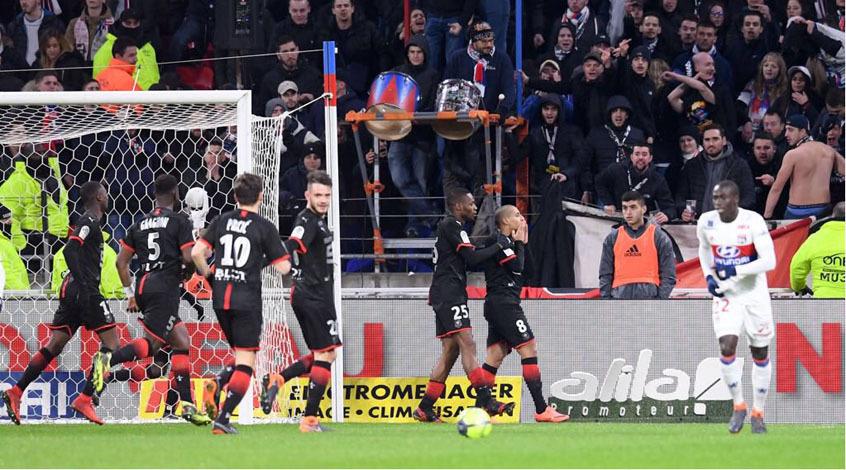 """""""Лион"""" проиграл трижды кряду в Лиге 1 впервые при Женезьо"""