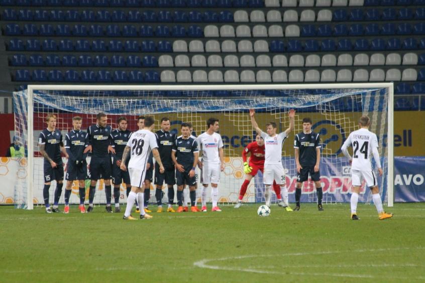 Верес разгромил Динамо вскандальном матче