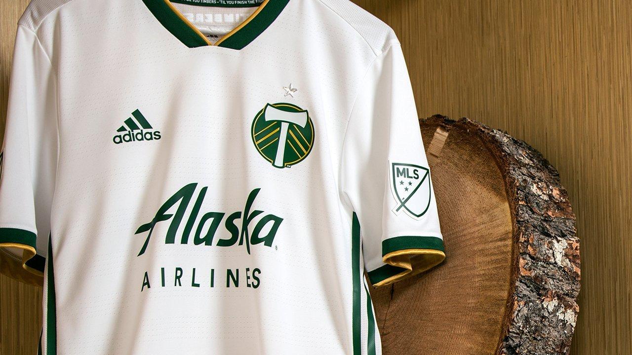 MLS: в чем будут играть команды в новом сезоне (+Фото) - изображение 27