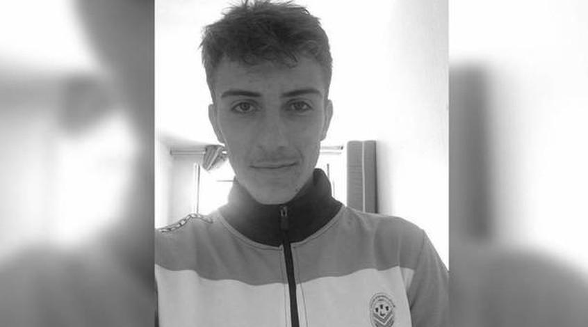 Матч чемпионата отменили из-за смерти 18-летнего футболиста— катастрофа воФранции