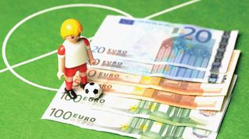 Кипрская компания проводила договорные матчи в межсезонье: участвовал один украинский клуб