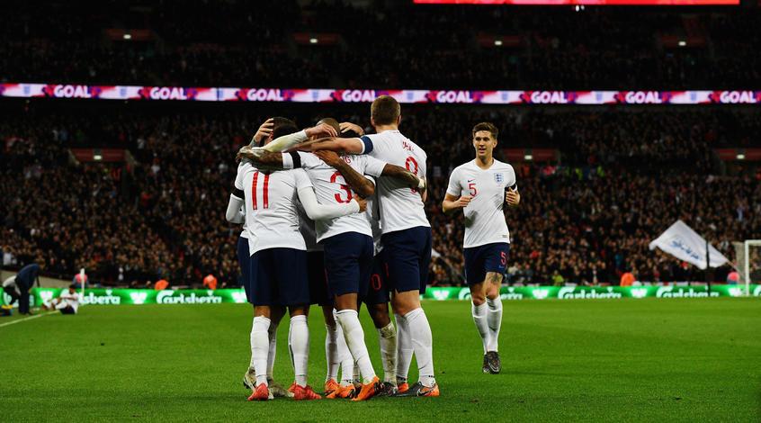 Начало игры сборной Англии покажут в чёрно-белом цвете в честь борьбы с расизмом