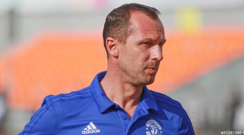 Команда Артема Милевского осталась без главного тренера