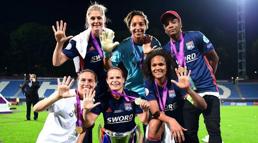 Вольфсбург женский футбольный клуб