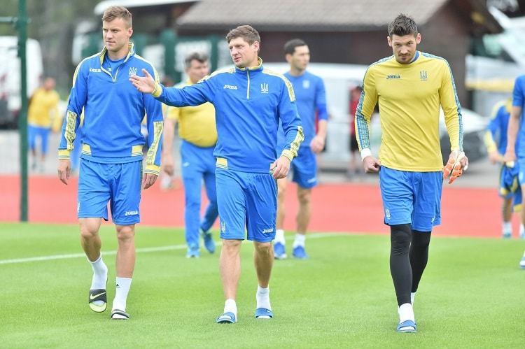 Сборная Украины провела первую тренировку во Франции (+Фото) - изображение 4