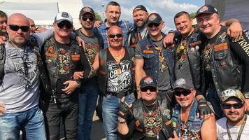 Александр Шовковский поздравил собратьев с Днем мотоциклиста (Фото)