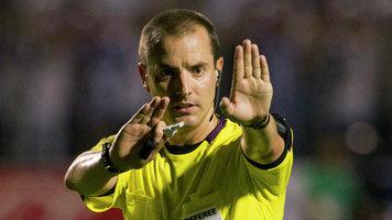 ФИФА прокомментировала обвинения арбитра матча, якобы попросившего футболку у Роналду