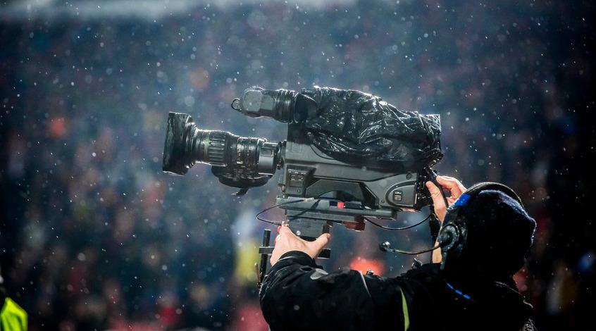 5,5 миллионов евро для топ-клубов и вмешательство государства: в чём различия ТВ-пулов в Украине и Греции