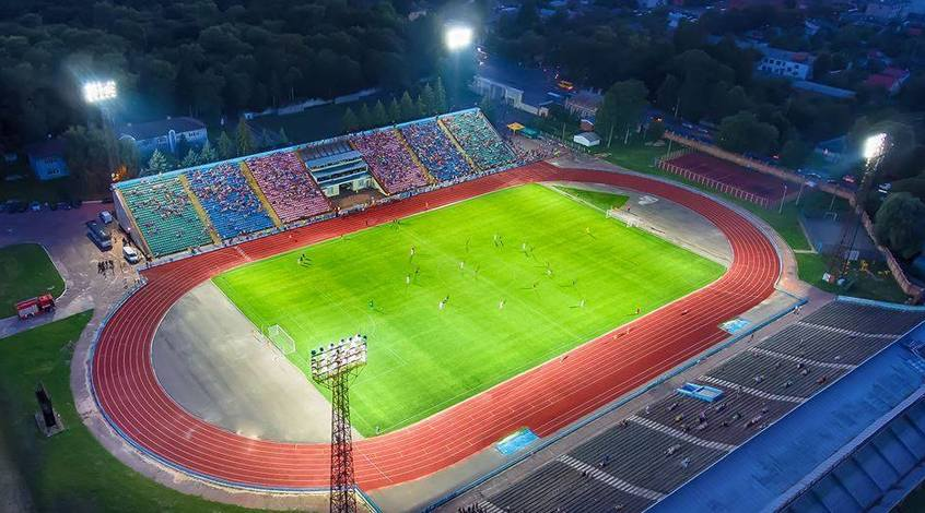 """Арена в Чернигове готовится принять на матче """"Десна"""" - """"Шахтер"""" больше зрителей, чем вмещает"""