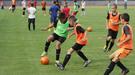 """""""Шахтер"""" приглашает детей-переселенцев на футбольные тренировки"""