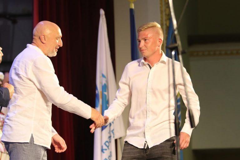 """Как """"Ворскле"""" вручали бронзовые медали чемпионата Украины (Фото) - изображение 4"""
