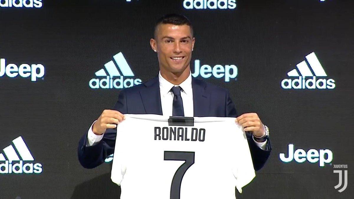 """Криштиану Роналду представили в """"Ювентусе"""": """"Мне давно говорили, что этот клуб мне подойдет"""" - изображение 1"""