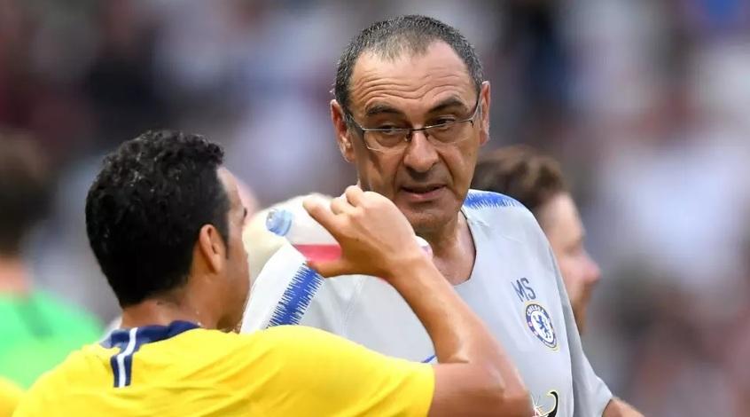 """Маурицио Сарри: """"Гвардиоле повезло, ему дали время, а от меня требуют результат"""""""