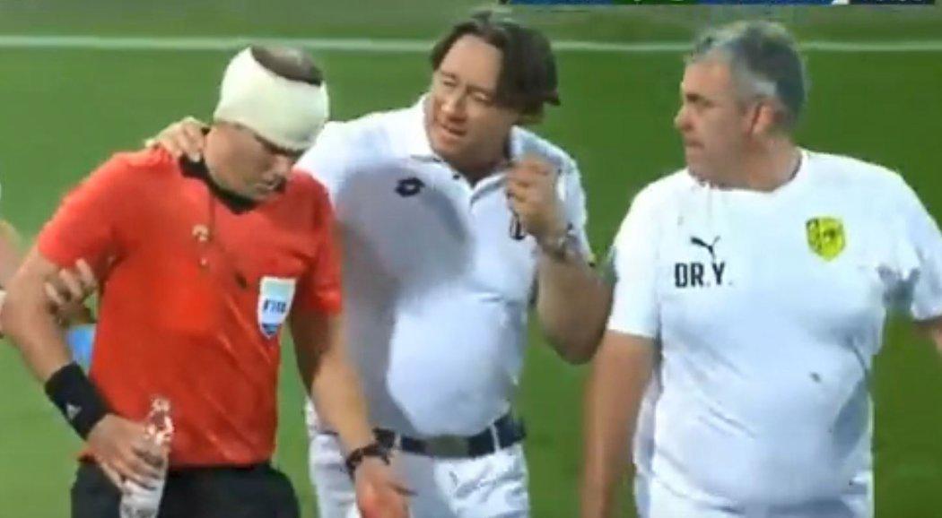Задержали фаната, который разбил голову бутылкой лайнсмену в матче Лиги Европы (Фото, Видео) - изображение 1