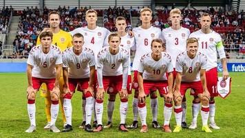 Дания сыграет с Уэльсом сильнейшим составом, конфликт с федерацией отложен