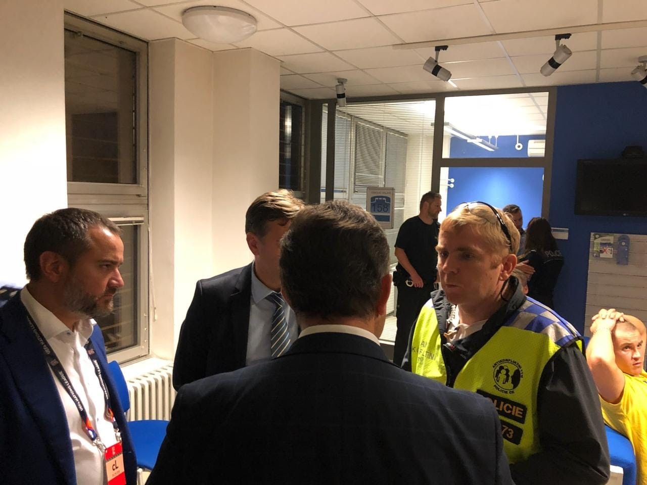 Президент ФФУ помог освободить задержанных в Чехии болельщиков сборной Украины - изображение 2