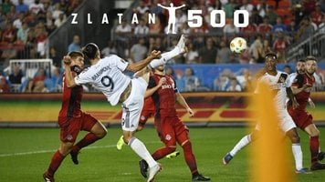 """Златан Ибрагимович отметил свой 500-й мяч: """"Бог голов"""""""