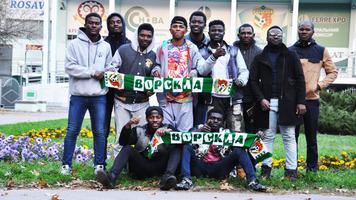 """""""А-я-а-я """"Ворскла!"""" — зірками вірусного відео виявилися студенти з Гани та Сомалі"""