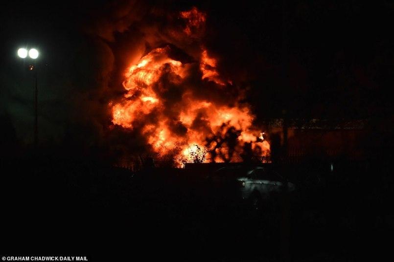 """Очевидец падения вертолета владельца """"Лестера"""": """"Был сильный взрыв"""" - изображение 11"""
