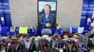"""Футболисты """"Лестера"""" почтили память погибшего владельца клуба (Видео)"""