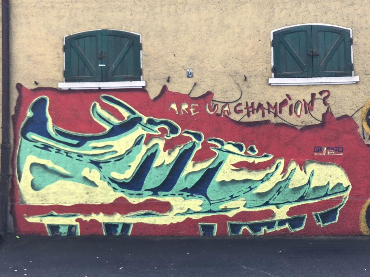 """Осенний """"Сан-Сиро"""", или серые футбольные будни Милана (Фото) - изображение 53"""