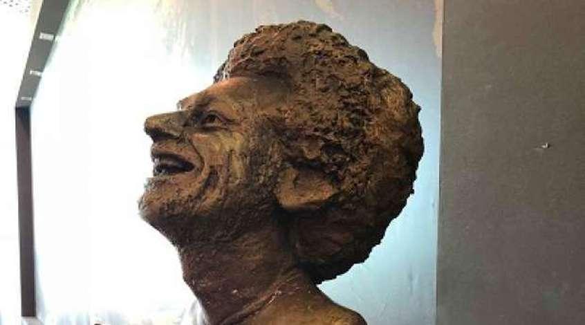 В Египте высмеяли статую Мохамеда Салаха (Фото)