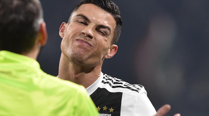Роналду, Месси и ван Дейк - претенденты на титул игрока года по версии ФИФА