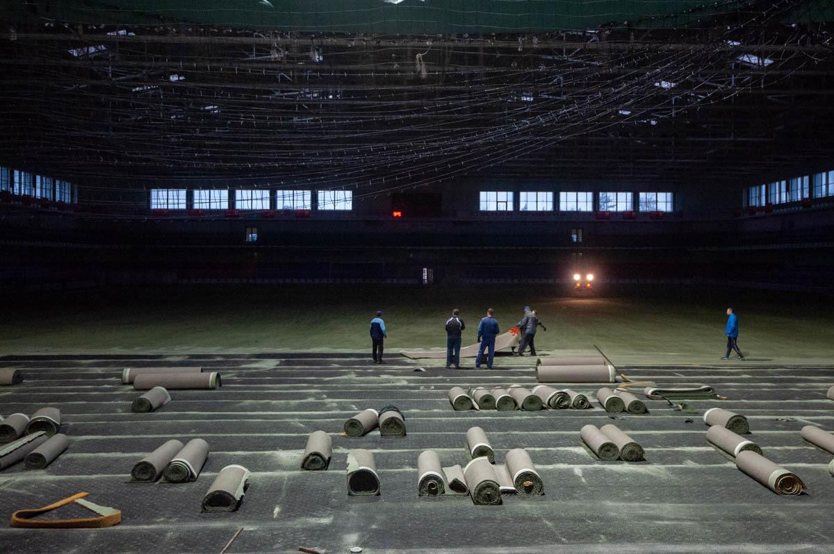 """В СК """"Ильичевец"""" стартовал проект по замене покрытия футбольного поля  (+Фото) - изображение 7"""