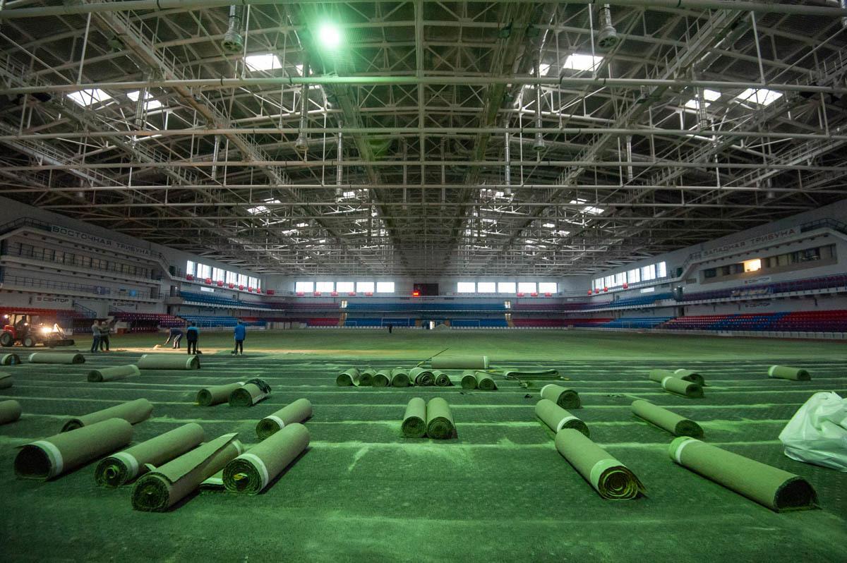 """В СК """"Ильичевец"""" стартовал проект по замене покрытия футбольного поля (+Фото) - изображение 9"""