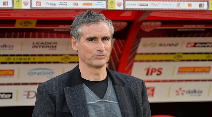 """Официально: главный тренер """"Дижона"""" отправлен в отставку после шести лет работы в клубе"""