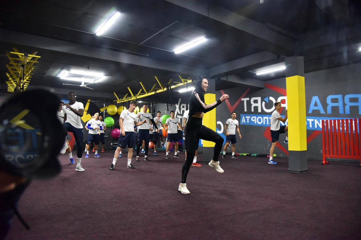 """""""Мариуполь: утром - тренировка, вечером - зажигательный фитнес - изображение 2"""