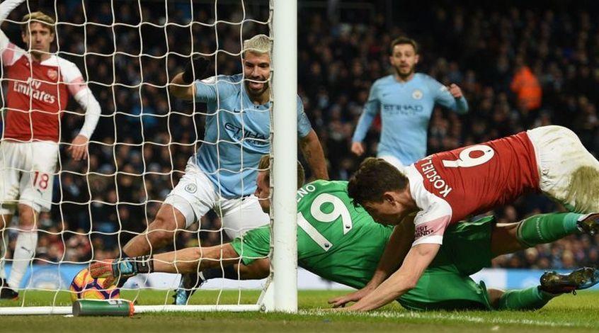 """Манчестер Сити"" - ""Арсенал"" 3:1. Два разных тайма и бенефис Агуэро"