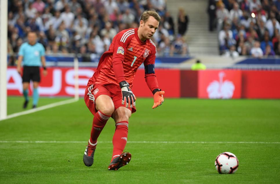 France Football назвал топ-10 голкиперов за всю историю футбола: Яшин - первый, Буффон - четвертый - изображение 4