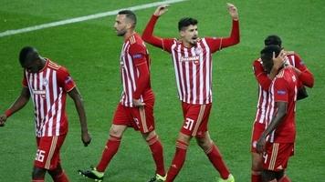 """""""Олимпиакос"""" впервые с 1959 года смог выиграть у АЕКа в домашнем матче после того, как проиграл первый тайм"""