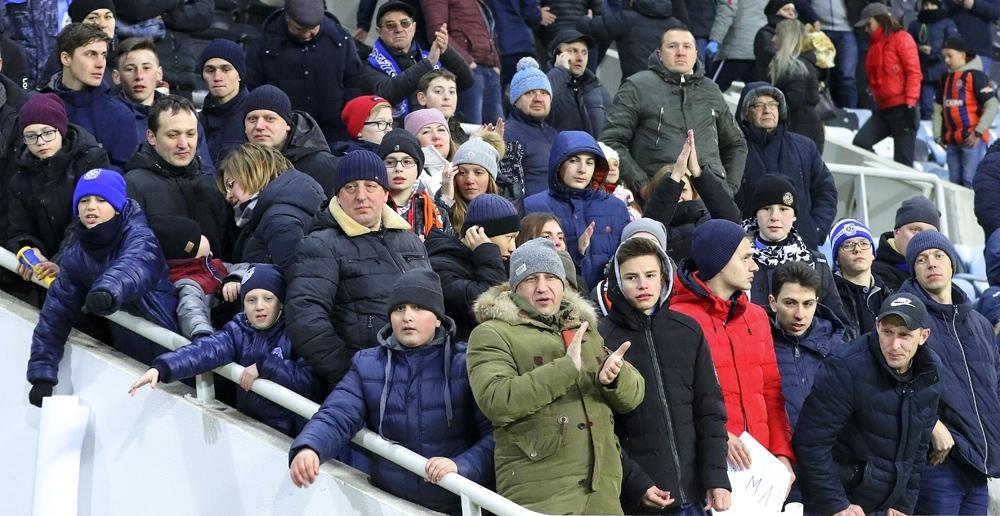Где и как ходят на футбол: на Соля, на Соломона, и на магическое дерби Львова - изображение 5