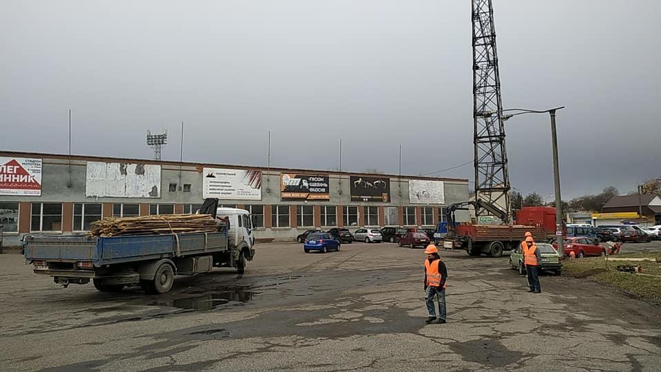 """У Рівному розпочалися роботи з реконструкції стадіону """"Авангард"""" (Фото) - изображение 2"""