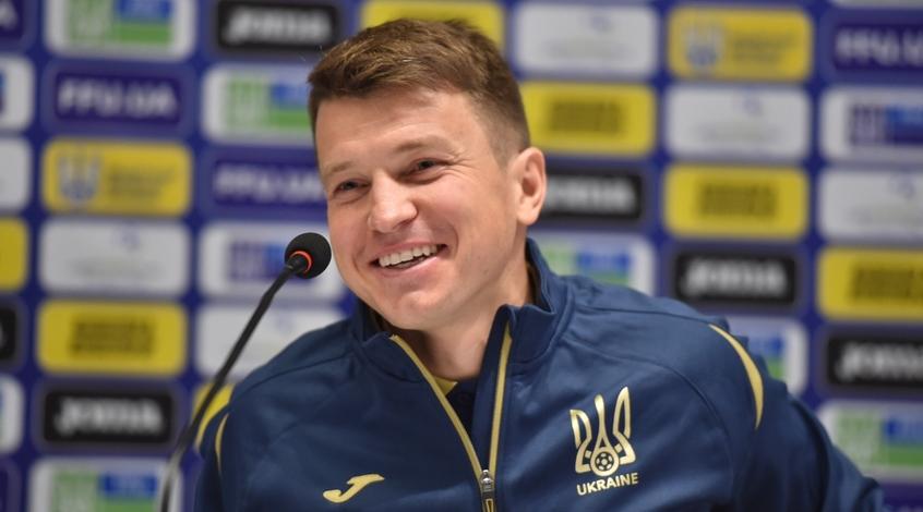 Первые слова Ротаня в раздевалке молодежной сборной Украины (Видео)
