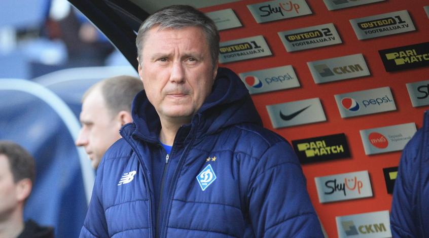 "FootballHub: ""Шахтер"" приглашал Хацкевича на пресс-конференцию не из автобуса, а возле раздевалки"