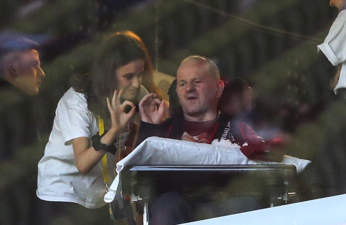 """You'll Never Walk Alone: """"Ливерпуль"""" провел благотворительный матч ради своего болельщика Шона Кокса (+Фото, Видео) - изображение 7"""