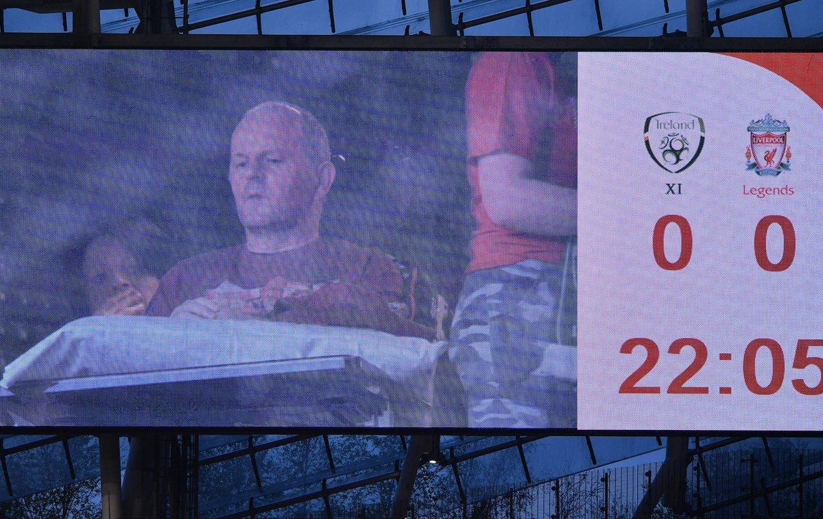 """You'll Never Walk Alone: """"Ливерпуль"""" провел благотворительный матч ради своего болельщика Шона Кокса (+Фото, Видео) - изображение 8"""