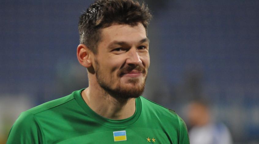 Денис Бойко рассказал о конкуренции с Бущаном