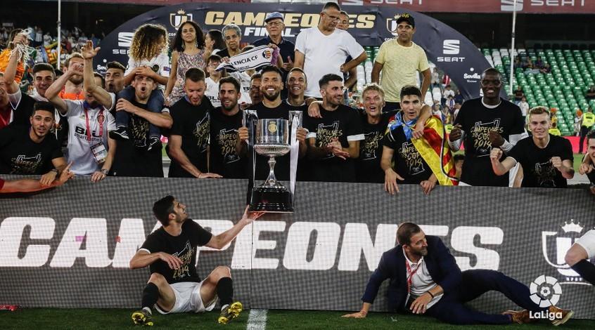 """Барселона"" - ""Валенсия"" 1:2. Подарок на юбилей"