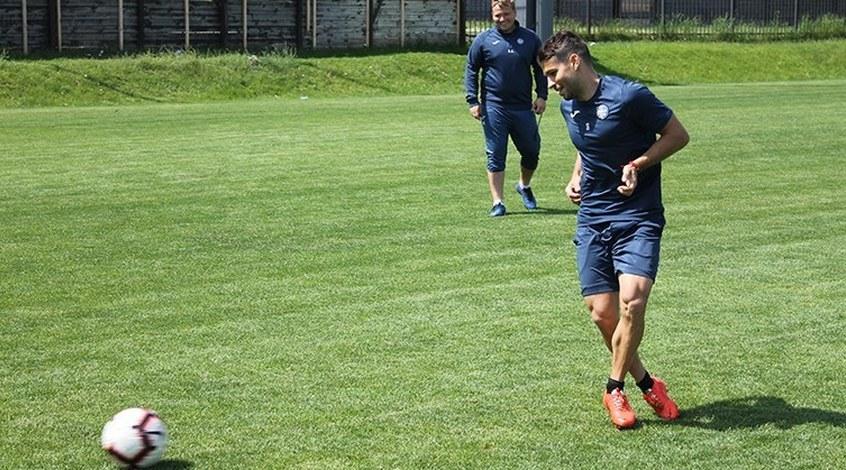 """""""Олимпик"""" провел тренировку в Счастливом и отправился в Полтаву (+Фото)"""