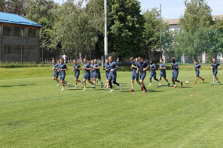 """""""Олимпик"""" провел тренировку в Счастливом и отправился в Полтаву (+Фото) - изображение 1"""