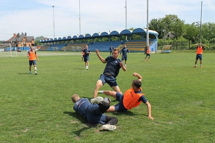 """""""Олимпик"""" провел тренировку в Счастливом и отправился в Полтаву (+Фото) - изображение 3"""