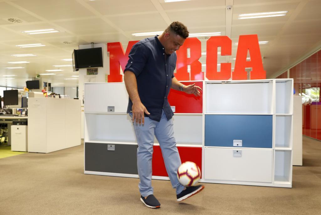 """Роналдо: """"Многие футболисты за два года тратят все деньги, которые заработали за свою карьеру"""" - изображение 2"""