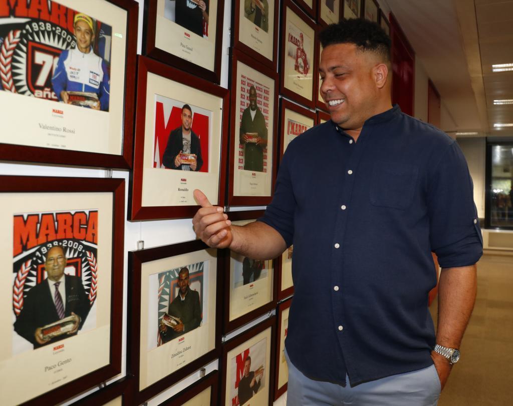"""Роналдо: """"Многие футболисты за два года тратят все деньги, которые заработали за свою карьеру"""" - изображение 5"""